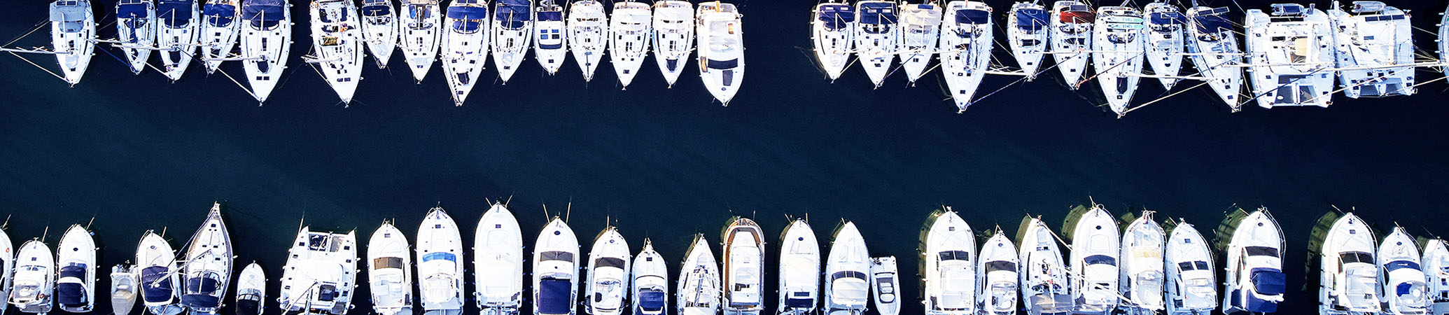 Bootruitspecialist productie en montage van bootruiten voor alle merken boten